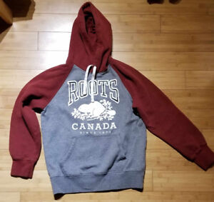 Hoody and pants, Roots size: XS