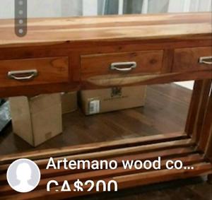 Artemano console Excellent condition