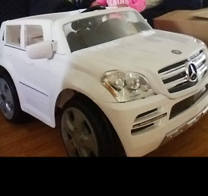 Battery operated Mercedes benz