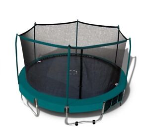 15 FT Trampoline with enclosure