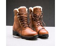 Mountain Horse Snowy River Lace Boots *LIKE NEW BOXED*