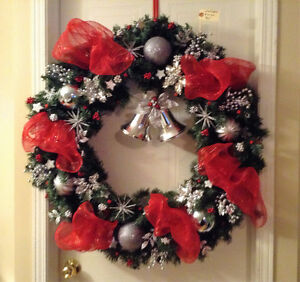 Christmas wreath/ Couronne Noel - 36in - New - Handmade - Unique