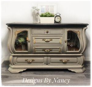 Stunning Refinished Solid Wood Sideboard/Buffet!
