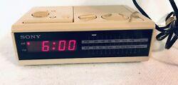 VINTAGE Sony Dream Machine Alarm Clock Radio AM FM Digital ICF-C2W Tan Beige