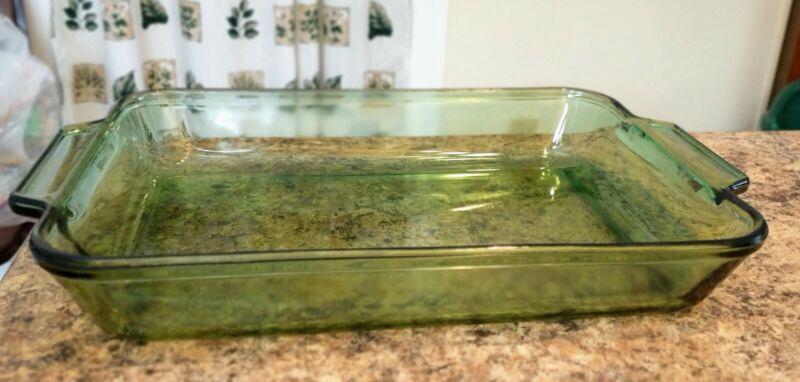 """Anchor Hocking 9""""x13"""" baking pan, green"""