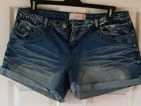 Ladies Denim Shorts Set