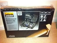 Brand new bargain halfords 150 piece socket and wrench set brand new boxed