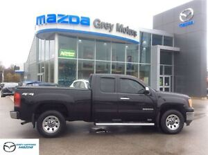 2010 GMC Sierra 1500 4x4, ext cab, one owner, mint, low kms
