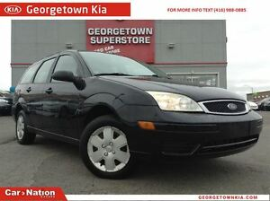 2007 Ford Focus SE | CLEAN CARPROOF | HEATED SEATS | SUNROOF |