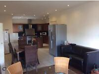 superior short term flexable rooms some ensuite ,in a fantastic serviced house all inclusive, price