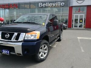2011 Nissan Titan SV 4WD 1 OWNER LOCAL TRADE