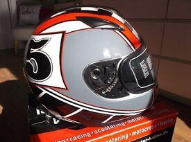Roadstar Phantom Racer Integral Helmet, Red/Black/Grey, Size XL 61/62cms New / Boxed.