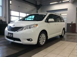 2014 Toyota Sienna XLE AWD - DVD screens - LOADED!!