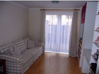 Modern spacious One Double Bedroom Apartment with Patio & Parking located in Northolt