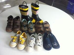 7 pairs of boys shoes sandal boots size 9