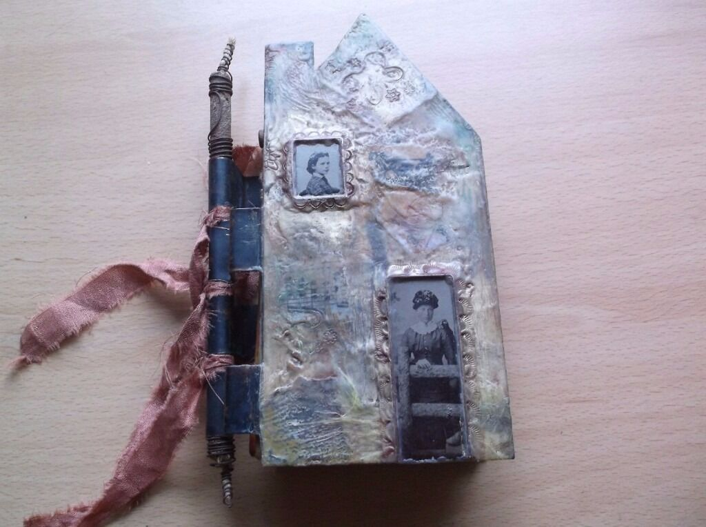OOAK VINTAGE ENCAUSTIC METAL LIFE'S JOURNEY HOUSE ALBUM JOURNAL BOOK KEEPSAKE