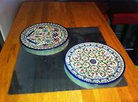 2 VINTAGE MIDDLE EASTERN J TAMIMI POTTERY WALL PLAQUE/PLATE