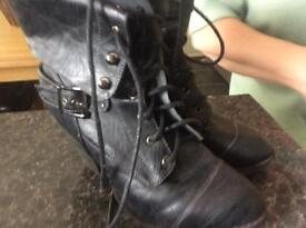 Black lace up boots size 5