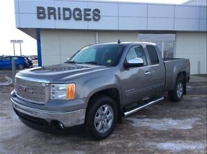 2013 GMC Sierra 1500 SLE**WELL MAINTAINED ONE OWNER TRUCK!**