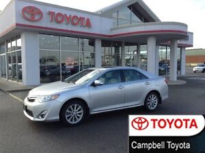 2012 Toyota Camry XLE NAVIGATION HEATED LEATHER MOON ROOF LOCAL