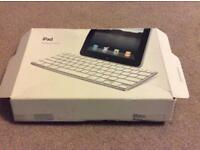 Apple iPad keyboard dock A1359