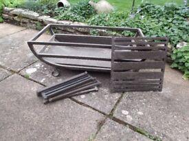 Cast iron Freestanding Fire Grate / Basket