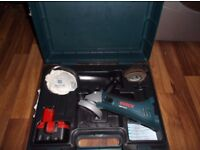 Boxed Bosch SDS cordless angle grinder (14.4v battery 2.4Ah) c/w assorted disks