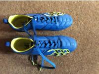 Canterbury rugby boots size 7