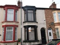 Furnished three bedroom Terraced house in Kensington just off Molyneux Road, close to city center