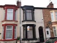 Large newly decorated three bedroom unfurnished Terraced house in Kensington just off Molyneux Road