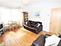 1 bedroom flat in Leighton Road, Ealing, W13