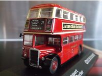 Red LONDON 1.76 scale BUS / boxed and unopened /diecast