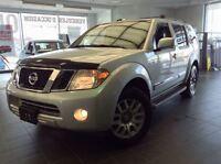 2011 Nissan Pathfinder LE, 4X4, CUIR,TOIT OUVRANT