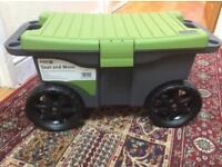 Crest Garden Seat and Move Garden Storage Trunk