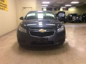 2013 Chevrolet Cruze LT  Annual Clearance Sale! Windsor Region Ontario image 3