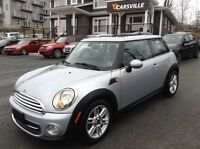 2011 MINI Cooper Hardtop Comfort, Convenience, and Style Package
