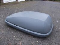 Car Roof Box and Bars - 420 litre roof box, roof bars and fitting kit