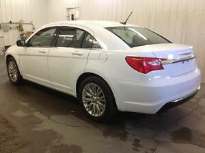 2012 Chrysler 200 Touring with Navigation and Extended Warranty Edmonton Edmonton Area image 5