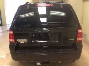 2011 Ford Escape XLT Annual Clearance Sale! Windsor Region Ontario image 8