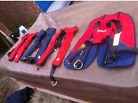 4 x Adult lifejackets