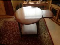 Extendable occasional table