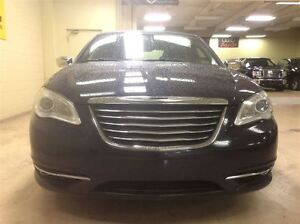 2011 Chrysler 200 Limmited Annual Clearance Sale! Windsor Region Ontario image 3