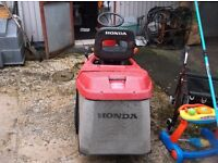 Honda 1211 ride on lawnmower mower, ready for work.