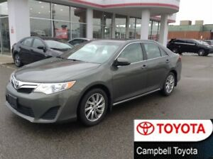 2014 Toyota Camry LE--UPGRADE--MOON ROOF--1 OWNER--LOW KM'S