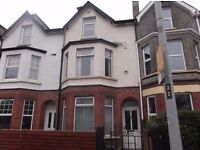 Room to rent in large house close to city centre