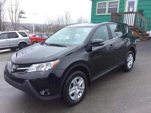 2014 Toyota RAV4 LE FWD - SELECT FROM THE LARGEST SINGLE OWNED I