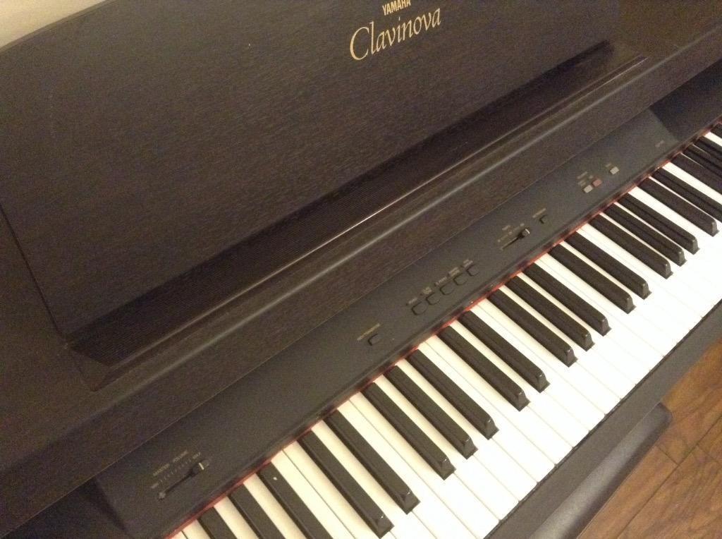 yamaha clavinova clp 311 digital piano good condition