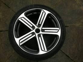Golf R 18 inch alloy wheel