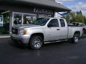 2011 GMC Sierra 1500 EXTENDED CAB 4X4 !! WE FINANCE !!