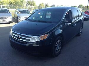 2011 Honda Odyssey EX-L A/C MAGS TOIT CUIR TV/DVD 8 PASSAGERS